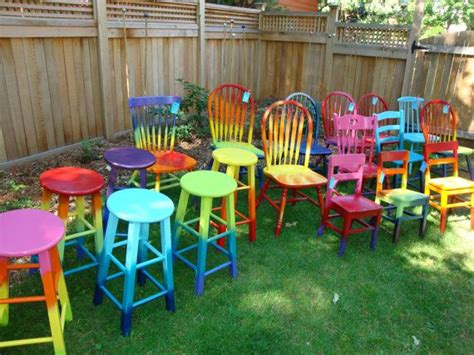 paint colors for wooden chairs 25 best ideas about painted chairs on painted chairs mexican decorations and