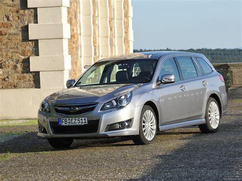 Subaru Legacy Tourer (2010) - picture 7 of 50 - 1024x768
