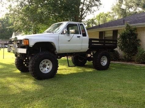 toyota pickup flat bed truck  sale   orleans