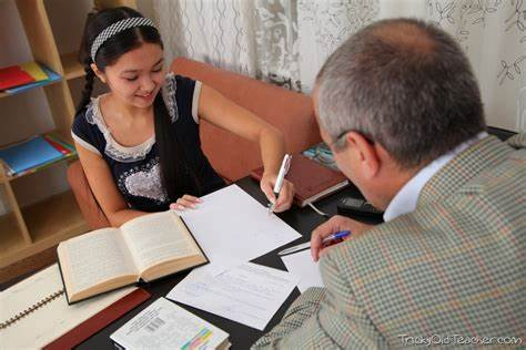 This Filipino Teen Is Loving The Attention From Her Tutor