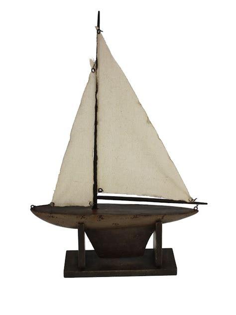 Houten Zeilboot by Houten Zeilboot Department M