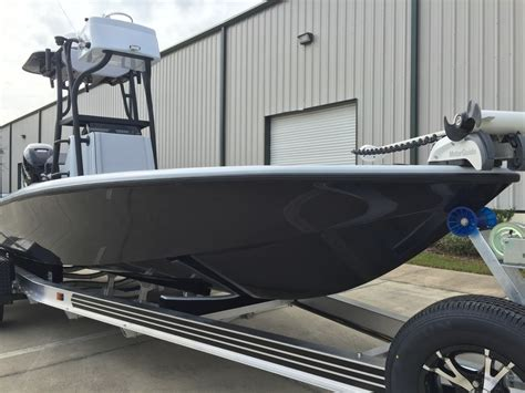 Bay Boat Twin Engine by What Is The Best Bay Boat On The Market Saltwater