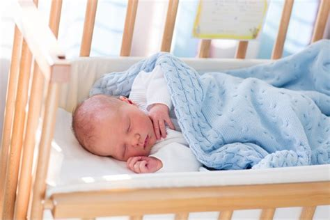 The Best Bedside Cribs For Co-sleeping