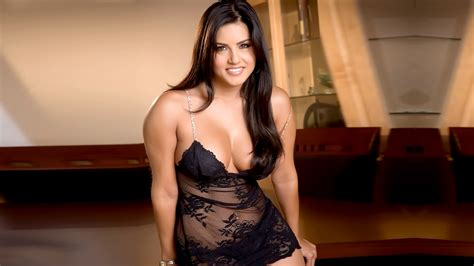 Sunny Leone Wallpapers High Quality Download Free