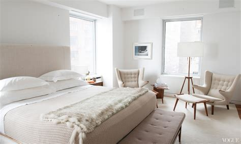 19 Bedrooms With Neutral Palettes : Upholstered Headboard Bedroom Ideas, Best Neutral Paint