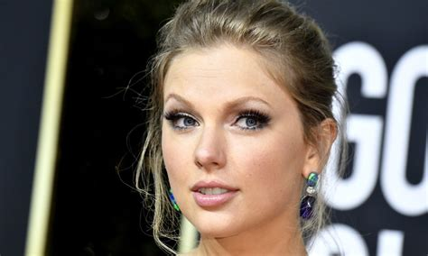 Taylor Swift News: Latest Pictures & Videos Of Hair, Style ...