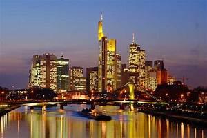Who Is Perfect Frankfurt : virginiaaa frankfurt at night ~ Bigdaddyawards.com Haus und Dekorationen