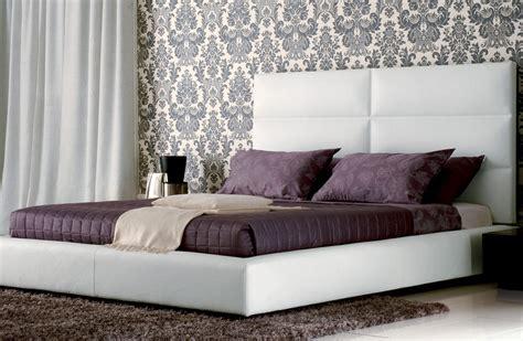 chambre blanc et taupe lit pas chere