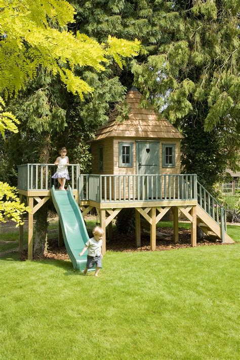 favourite playhouse perfect    kids outdoors