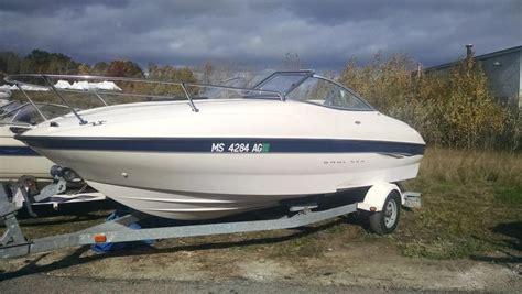 Bayliner Boat With Bathroom by 2003 Bayliner Boats For Sale