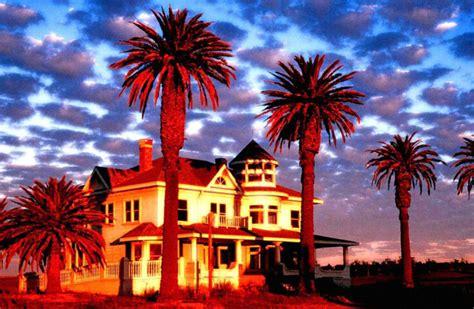 hotel california  song lyrics  tom kozlowski