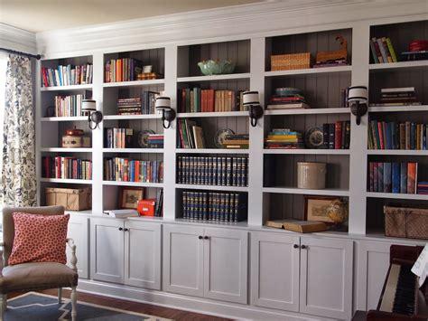 Bookshelves :  Styling Our Bookshelves
