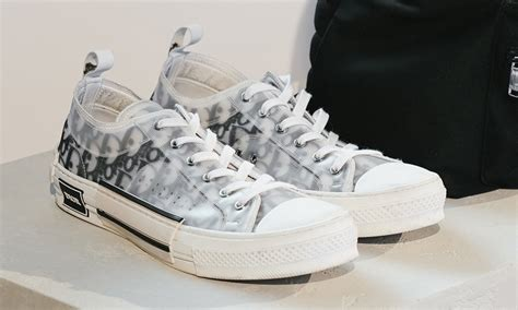 dior mens   top sneaker official release information