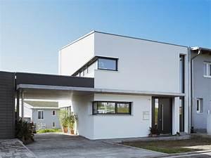 Carport Am Haus : frontansicht mit carport modern haus fassade ~ Lizthompson.info Haus und Dekorationen