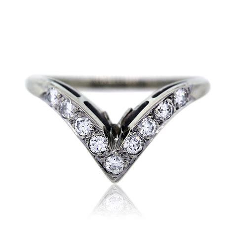 white gold  diamond  shaped wedding band ring boca