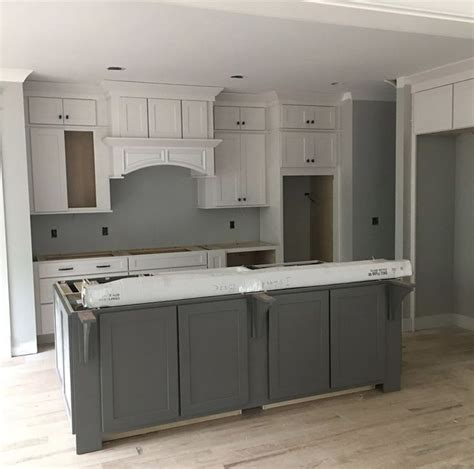 sherwin williams gauntlet gray cabinets best 25 gauntlet gray ideas on pinterest 196