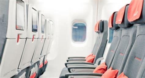 reservation siege airlines austrian airlines nouveau siege premium economy ohlalair