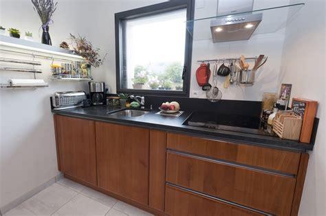 modele cuisine bois moderne modele de cuisine moderne le bois chez vous