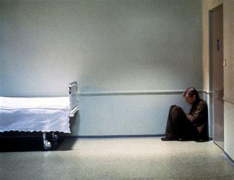 chambre d isolement en psychiatrie litt 233 rature en h 244 pital psychiatrique liste de 35 livres
