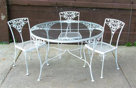 white round outdoor table dining table fascinating round white wrought iron outdoor