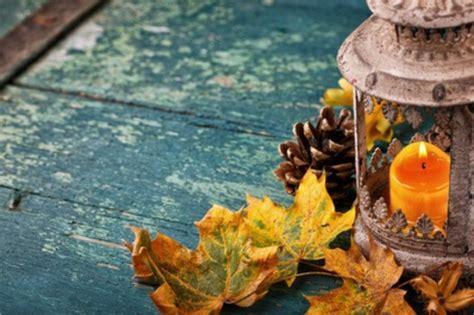 deko mit kerzen gemuetlichkeit und romantik zu hause