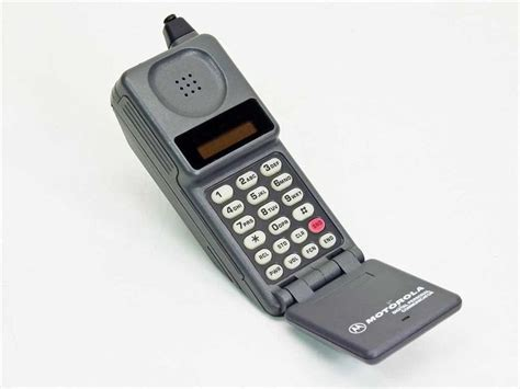 what does phone 25 best ideas about motorola microtac on cell