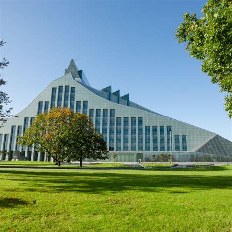 Latvijas Nacionālā bibliotēka - Tēmas - DELFI