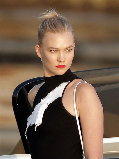 Karlie Kloss Classy Fashion The Hotel Cap