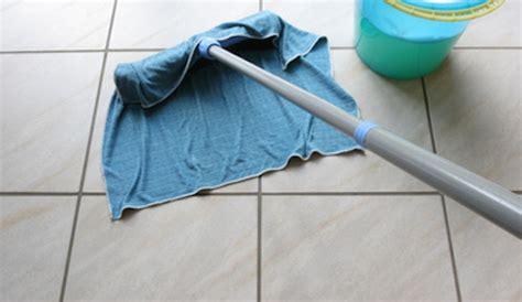 comment nettoyer les sols carrelage entretien domestique comment bien nettoyer le carrelage bricobistro
