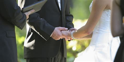 10 Marriage Vows You Couldn't Possibly Have Known To Make