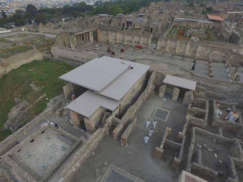 Corian Napoli Corian Exteriors Per Il Parco Archeologico Di Pompei