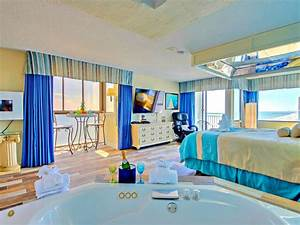 Oceanfront romance jacuzzi vrbo for Myrtle beach honeymoon hotels