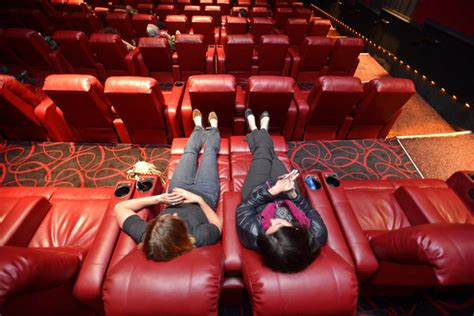Theaters With Reclining Chairs In Florida by Netflix The Killing Theater Seating Kickashemovies