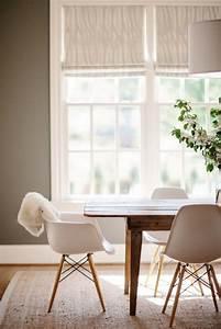 Esstisch Stühle Beige : beige woonkamer interieur insider ~ Frokenaadalensverden.com Haus und Dekorationen