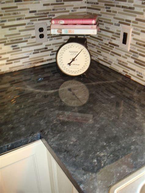 My shiny, glossy painted laminate countertops use