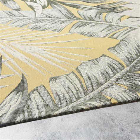 Outdoor Teppich Gelb by Outdoor Teppich Gelb Bedruckt Mit Blattmotiven 155x230