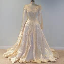 lace wedding dresses 500 1940s 40s wedding dress ivory duchess satin length