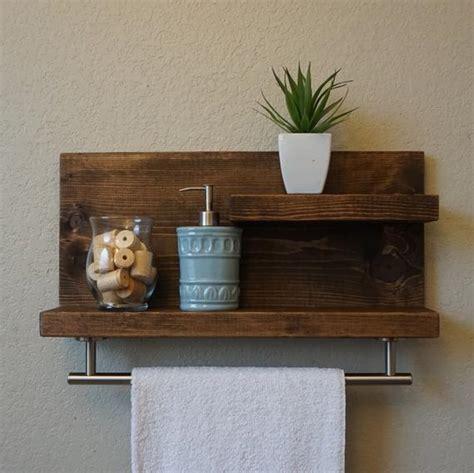 badezimmer regal holz modern rustic 2 tier bathroom shelf with 18 satin nickel