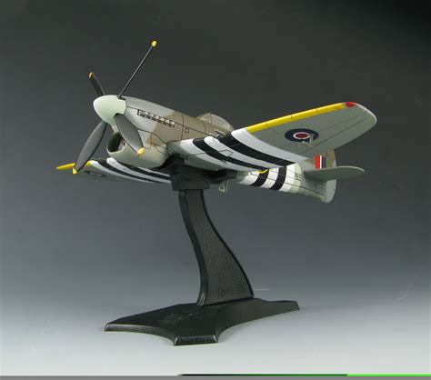 Skymax Diecast 1/72 Flying Heroes Series Aircraft Sm4001