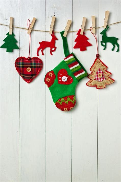 Free shipping on orders over $35. 22 Christmas Wall Decorating Ideas - Elegant Holiday Wall Decor