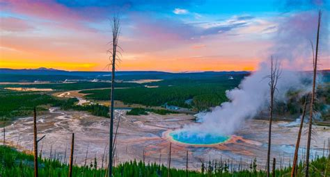 Yellowstone National Park | Visit The USA
