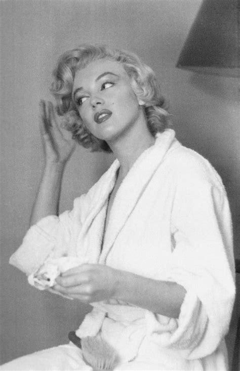 Day 37 Marilyn Monroe Love Fashion Inspiration