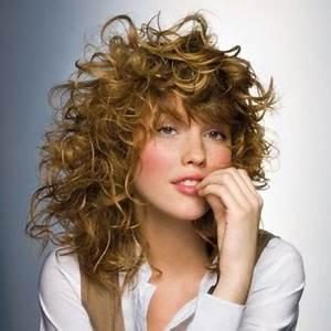 Coupe Courte Cheveux Bouclés : coupe id ale pour cheveux boucl s ~ Melissatoandfro.com Idées de Décoration