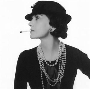 Coco Chanel Bilder : coco chanel aus kr nkungen machte sie mode f r freie frauen welt ~ Cokemachineaccidents.com Haus und Dekorationen