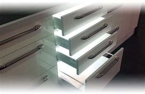 eclairage tiroir cuisine éclairage tiroir cuisine
