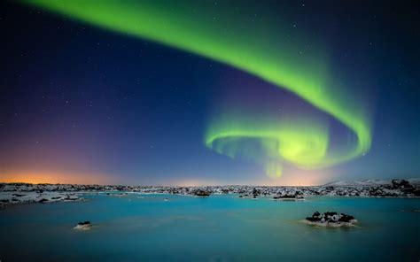 aurora borealis theme windows