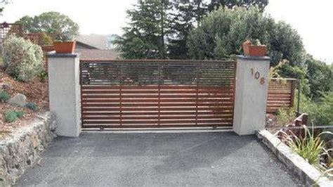 inspiring modern home gates design ideas homishome