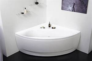 Aquatica Olivia Wht Small Corner Acrylic Bathtub