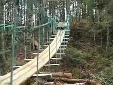build   cost suspension bridge