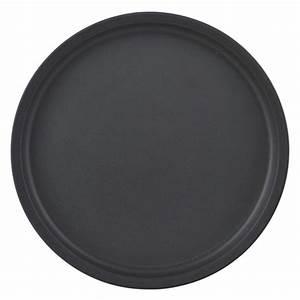 Assiette Noire Mat : assiette en c ramique noir mat nicolas vah decoclico ~ Teatrodelosmanantiales.com Idées de Décoration